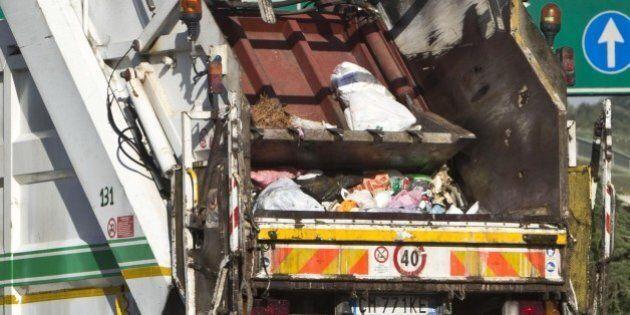 Brevetto Ama per trasformare rifiuti in eco-asfalto. La municipalizzata romana pronta dal 2016, risparmi...
