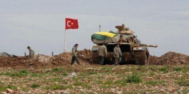 Turchia, carri armati e forze di terra in territorio siriano. Jarablus strappata al Califfato. Damasco,...
