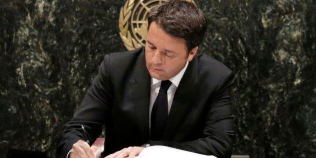 Cop21, firmato l'accordo sul clima raggiunto a
