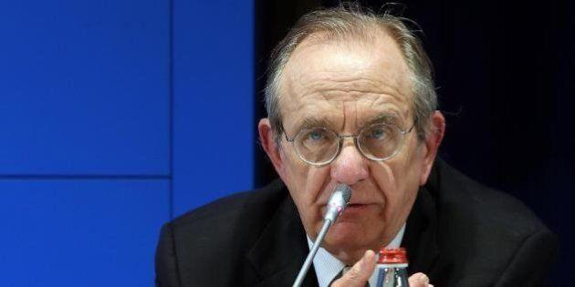 A Bruxelles si apre il cantiere per modificare il patto di stabilità. Il pressing di Padoan e altri sette...