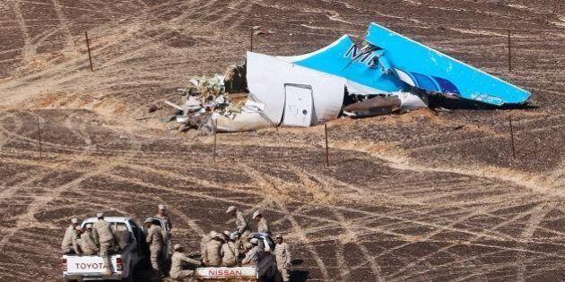 Aereo caduto in Sinai, anche la Russia apre all'ipotesi terrorismo. Medvedev:
