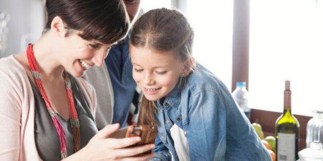 È difficile essere adolescenti ai tempi dei social network. Ma di chi è la