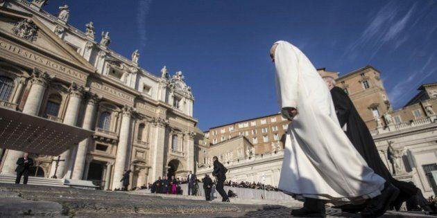 Vaticano e Grillini, prove tecniche di