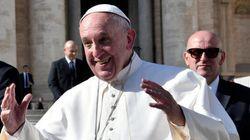 Prato regala un pezzo di Marte a Papa