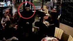 Brahim entra nella caffetteria e si fa esplodere: il video choc dell'attentato a
