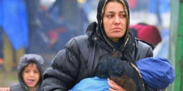 A Trieste 400 euro alle famiglie che accolgono un profugo. La protesta su Facebook: