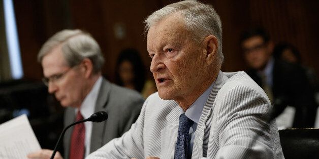 WASHINGTON, DC - JULY 09:  Former National Security Advisor Zbigniew Brzezinski (R) and former assistant to the president for