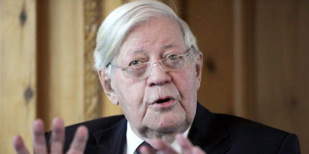 Helmut Schmidt, morto l'ex cancelliere tedesco a 96