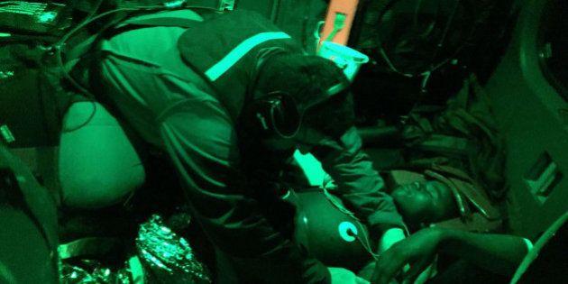 Naufragio gommone carico di migranti, si temono decine di dispersi. Già recuperati alcuni corpi. Salvate...