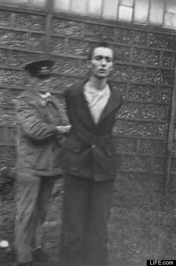 Nazi Collaborators Executed In France (PHOTOS): Chilling Images From