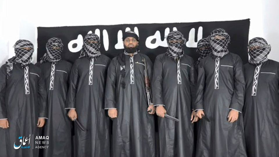 극단주의 무장단체 '이슬람국가(IS)'는 스리랑카 연쇄폭탄 공격의 배후를 자처하는 영상을