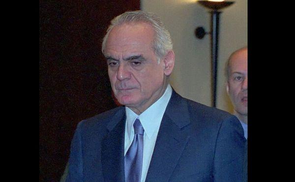 Η Ελλάδα θα ήταν σε πολύ χειρότερη θέση απ' ό,τι σήμερα αν ο πρώην υπουργός Εσωτερικών, Άκης Τσοχατζόπουλος, είχε πετύχει στη