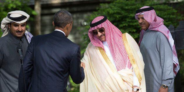 CAMP DAVID, MD - MAY 14:  U.S. President Barack Obama shakes hands with Saudi Arabia Crown Prince Mohammed bin Nayef followin