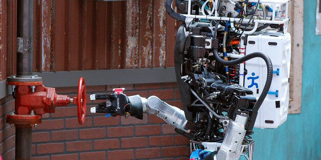 Robot Running Man from the Florida Institute for Human and Machine Cognition proceeds to turn a valve in the next stage of th