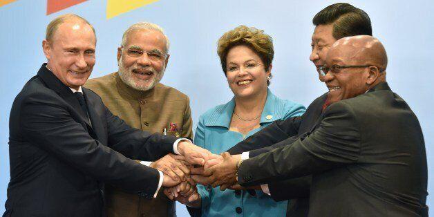 (L to R) Russia's President Vladimir Putin, India's Prime Minister Narendra Modi, Brazilian President Dilma Rousseff, China's