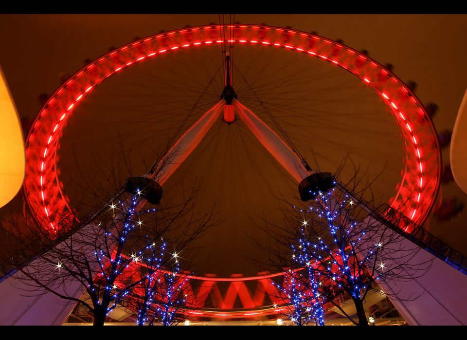 The London Eye was illuminated with red lights to mark World AIDS Day.
