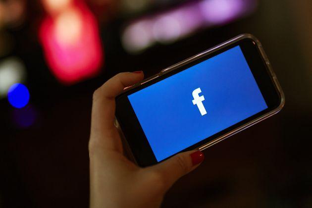 Données: Facebook table sur une amende record de 3 à 5 milliards de
