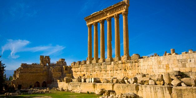 Colonnade of the roman Temple of Jupiter, Baalbek, Middle East, Beqaa, Lebanon