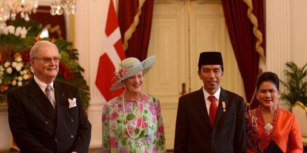 JAKARTA, INDONESIA - OCTOBER 22: Denmark's Queen Margrethe II (L 2) and her husband Prince Henrik Consort (L) meet Indonesian