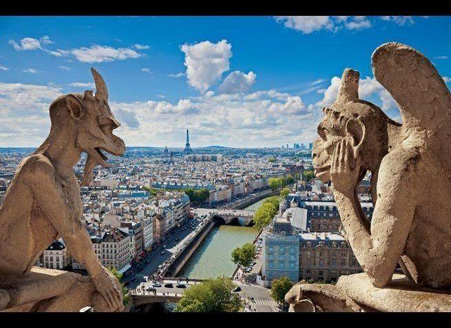 """<em>Jose Ignacio Soto / Shutterstock</em>  From <a href=""""http://www.fodors.com/world/europe/france/paris/things-to-do/sight"""
