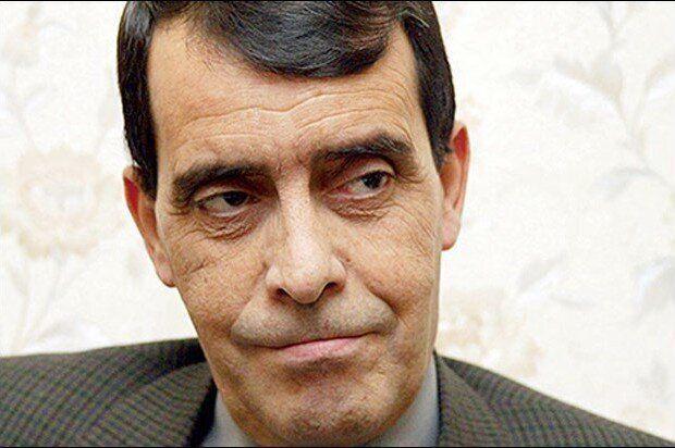 Le Général à la retraite Benhadid exhorte Gaïd Salah de sortir du cadre de la