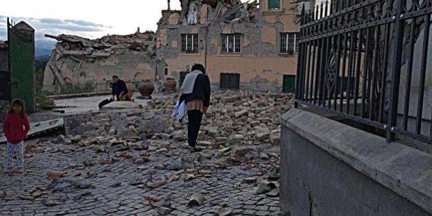 Comune Napoli si costituirà parte civile contro lo sciacallo di Amatrice, arrestato ieri dai
