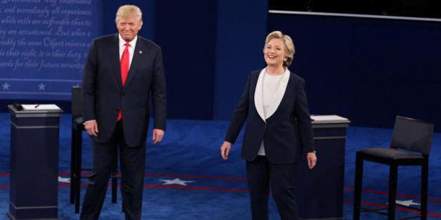 Hillary Clinton prende in giro Donald Trump sul Muslim