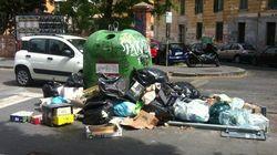 Roma, Virginia Raggi a San Lorenzo, quartiere dove ha vinto il Pd: spaccio e movida, test per i Dem e il