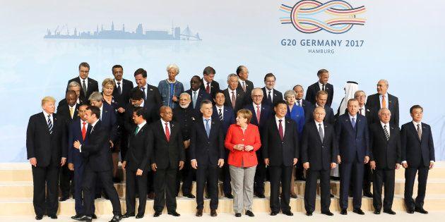 Amburgo peggio di Taormina, il G20 fa marcia indietro su commercio, clima, Ucraina. Niente sui migranti....