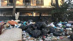 Frigoriferi, mobili e materassi accatastati, panni sporchi, divani sgangherati: viaggio nel campo di via Vannina a Roma riocc...