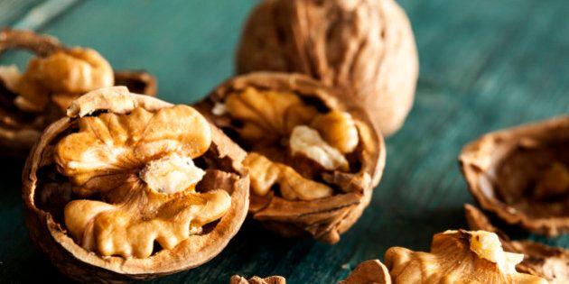 Le noci fanno bene al cuore (ma occhio alle calorie). Le raccomandazioni dei nutrizionisti e i risultati...