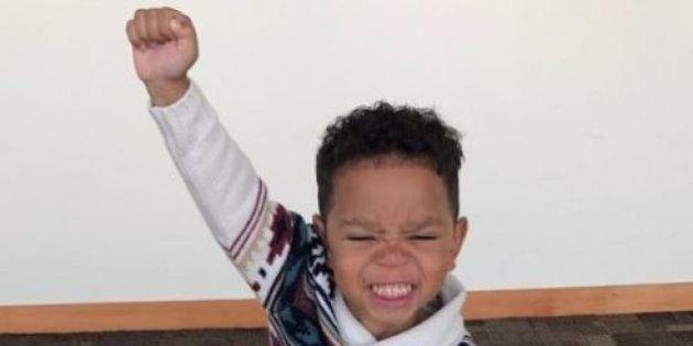 Dopo 832 giorni in affido viene finalmente adottato e l'esultanza di questo bimbo di tre anni è diventata
