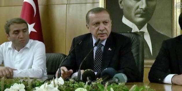 Turchia, colpo di stato fallito. Erdogan sempre più
