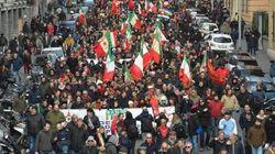 L'ultradestra si riunisce a Genova, scontri tra gli antagonisti e la