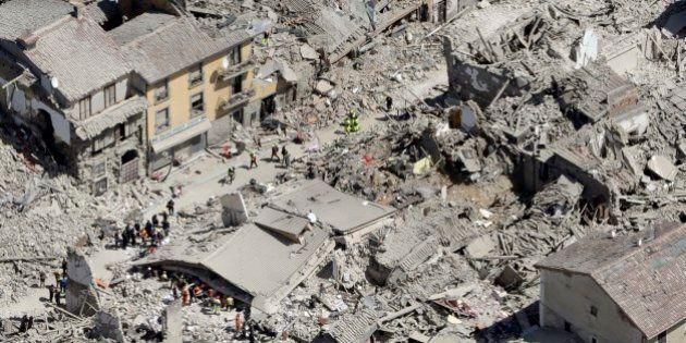 Terremoto, bilancio provvisorio di 290 vittime, ma 3 corpi individuati sotto hotel Roma.