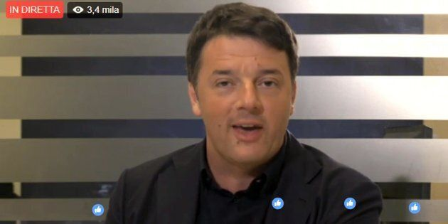 Il fermo immagine mostra Matteo Renzi nel corso della diretta #Matteorisponde, 15 marzo 2017.ANSA/FACEBOOK...