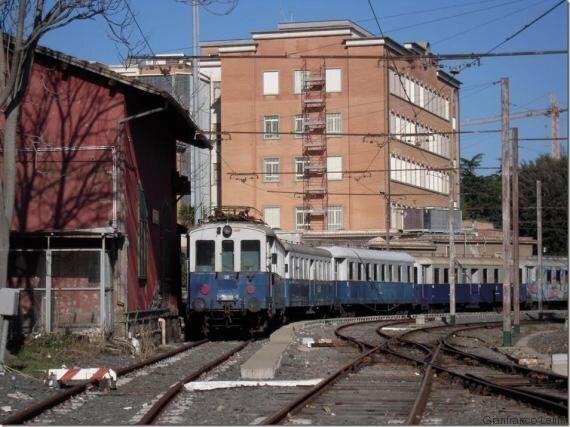 Addio alla storica carrozza di Mussolini, sarà demolita da Atac. È il convoglio su cui il Duce festeggiò...