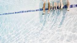 Bimbo annega in una piscina durante un banchetto di nozze, ma gli invitati continuano a
