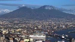 De Luca annuncia il piano evacuazione per il Vesuvio:
