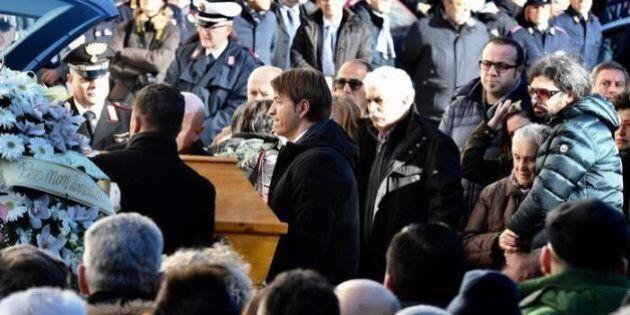 A Sulmona i funerali di Fabrizia Di Lorenzo: anche Sergio Mattarella per l'ultimo saluto alla vittima...