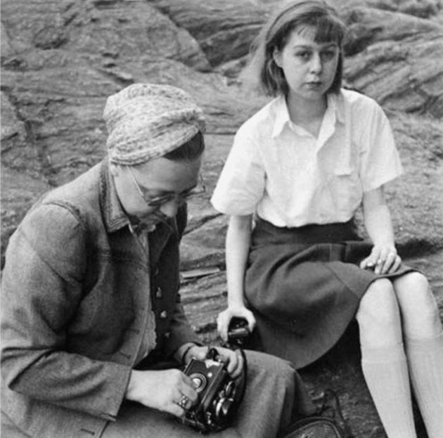 UNSPECIFIED - JUNE 19: Louise Dahle-Wolf photographer and Carson McCullers, french writer, 1940 (Photo...