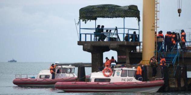 Aereo russo caduto nel mar Nero, escluso l'atto terroristico. Le condoglianze di Papa