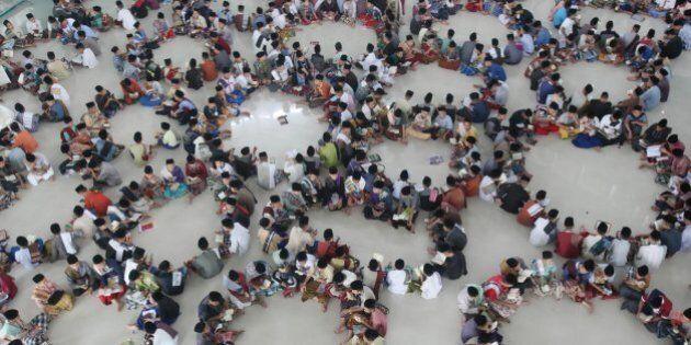Ramadan, tempo di digiuno per 1 milione e 700mila musulmani italiani. Nel mondo 1,7 miliardi di