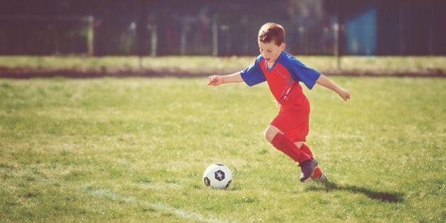 Ai bambini asmatici lo sport fa bene, previene il sovrappeso e aiuta la respirazione. I consigli di Fondazione