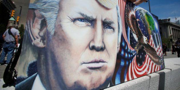 Donald Trump alla Convention repubblicana a Cleveland. Jeb Bush lo attacca: