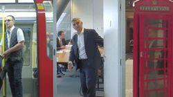 Londra è aperta e rimarrà aperta. Il sindaco Sadiq Khan spalanca le porte della