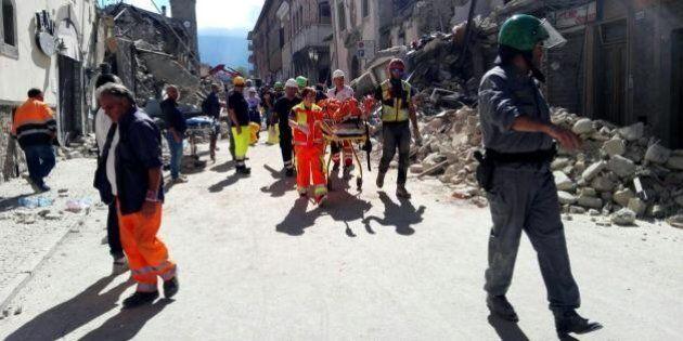 Terremoto, oggi i funerali ad Amatrice per 37 vittime. Procuratore di Rieti: cerchiamo carte tra le