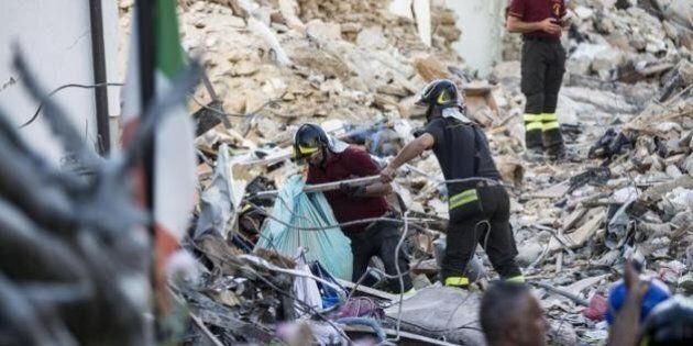 Terremoto, l'appello-manifesto di M5s: