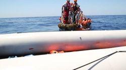 22 migranti morti in un gommone: