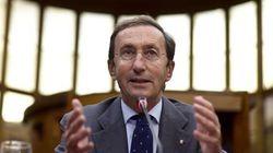 Gianfranco Fini indagato per